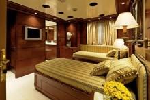 OMega-Guest-cabin
