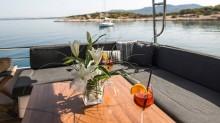 greek-islands-boat-charters-l